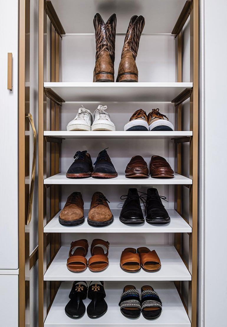 Shoe shelve